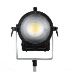 3200K LED Spot Lamp Dimbaar CLL-7500R op 230V - Falcon Eyes