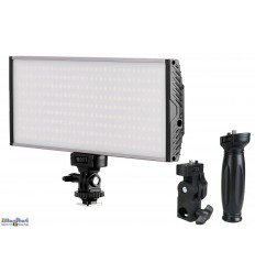 LEDC30W - LED Video & Foto cameralamp / studiolamp 30W+30W Bi-Color, 3000 lm, voor batterij 2x NP-F550/750/960, DC 13-17V - illuStar