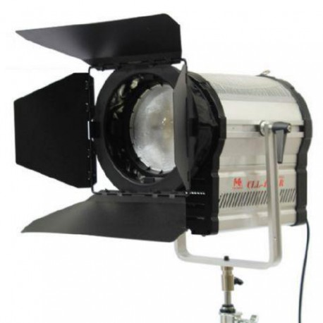 5600K LED Spot Lamp Dimmable CLL-4800R on 230V - Falcon Eyes